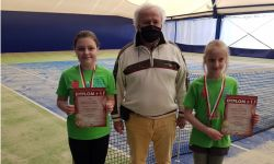 III miejsce w deblu w Halowych Mistrzostwach Województwa Opolskiego w kategorii dziewcząt do lat 12